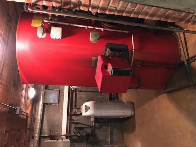 Installation d'une chaudière fioul condensation de la marque VIESSMANN - 27210 CONTEVILLE