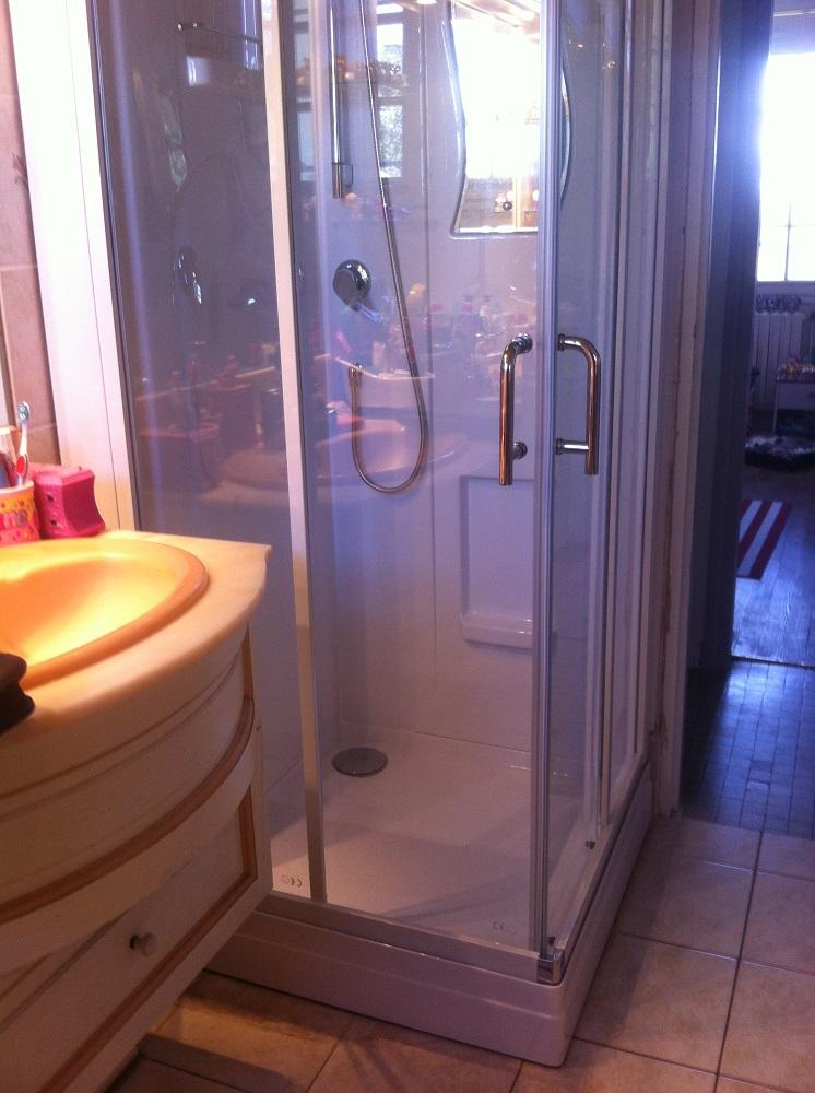 Remplacement d'une cabine de douche à BEUZEVILLE