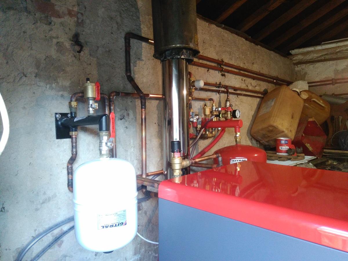 Installation d'une chaudière fioul haut rendement - 14130 SAINT ANDRE D'HEBERTOT
