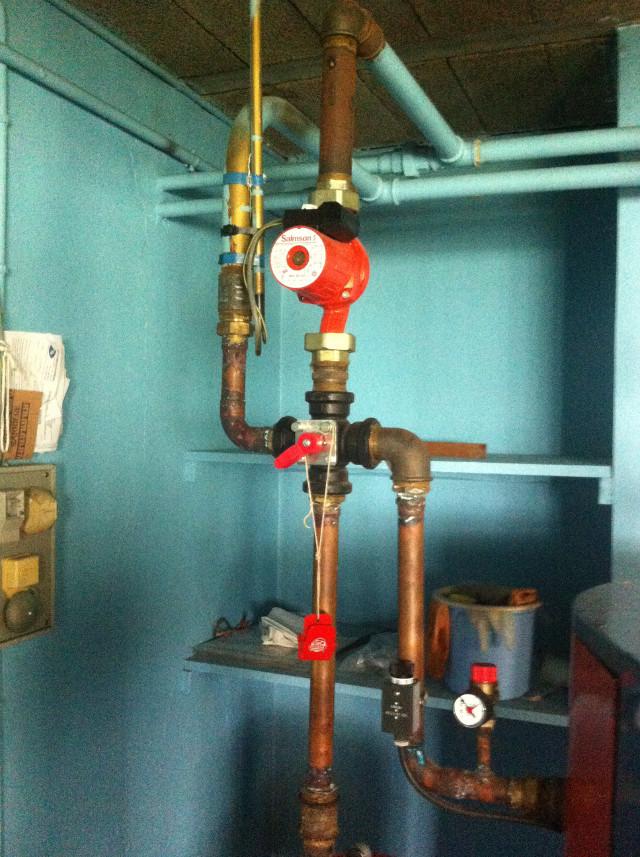 Installation d'une pompe à chaleur AIR/EAU et d'un ballon thermodynamique en remplacement d'une chaudière fioul - 14600 HONFLEUR